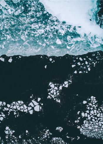 fotoplakat af frost og is der flækker på havet