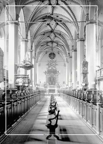 Plakat med gammelt billede af Trinitatis kirkens interiør