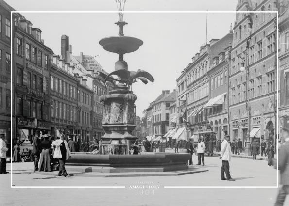 Plakat med gammelt billede af Storkepringvandet på amagertov på strøget i københavn