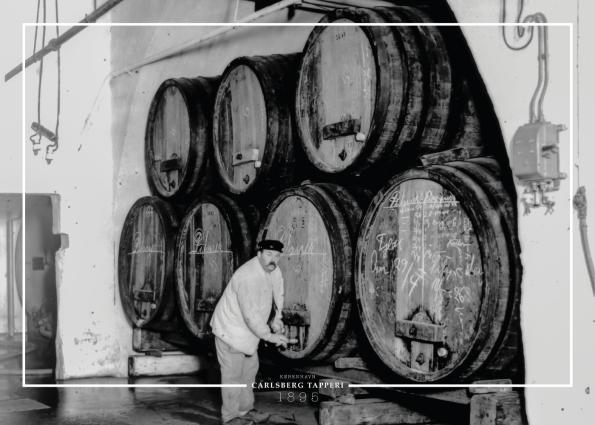 Plakat med gammelt billede af Brygmester på arbejde i Carlsberg bryggeriet