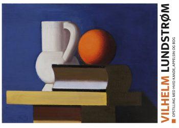 hvid kande, orange appelsin, bog på bord, bå baggrund