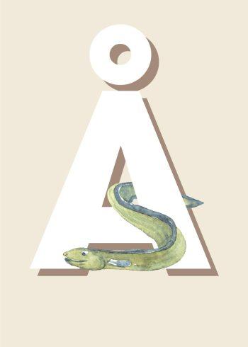 grøn ål omkring hvidt å med beige baggrund