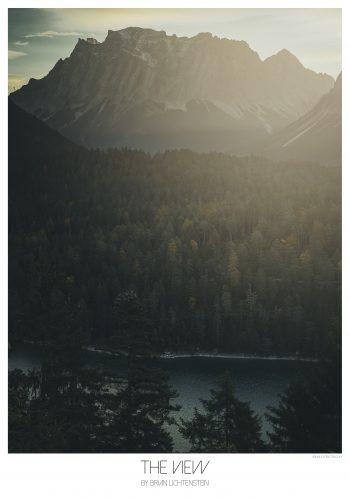 skov, vand, træer, bjerg, sol i mørke toner